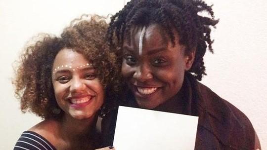Amigas do teatro, Jéssica Ellen faz homenagem para Luellem de Castro: 'Artista intensa e profunda'
