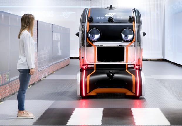 Carro autônomo experimental com olhos, da Jaguar Land Rover (Foto: Divulgação/Jaguar Land Rover)