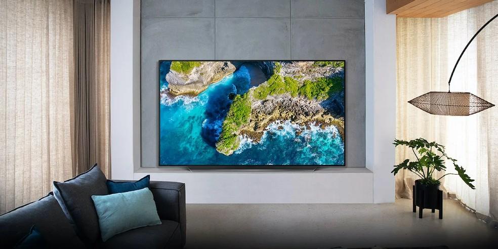 TV LG OLED CX foi escolhida como melhor do Ano pelo júri especializado e pelo voto popular — Foto: Divulgação/LG