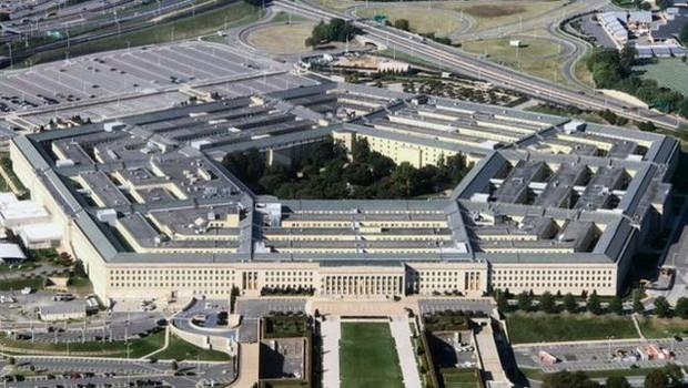 Shanahan assegurou que não participará de decisões do Pentágono (acima) que envolvam a Boeing (Foto: Getty Images via BBC News Brasil)