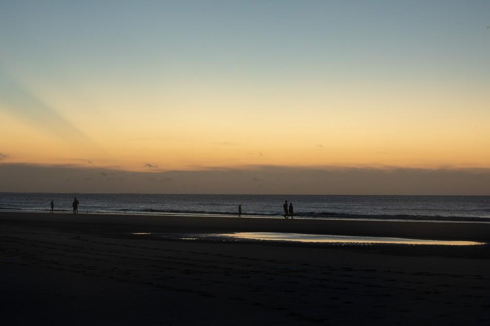 Entardecer na praia central de Jericoacoara — Foto: Celso Tavares/G1