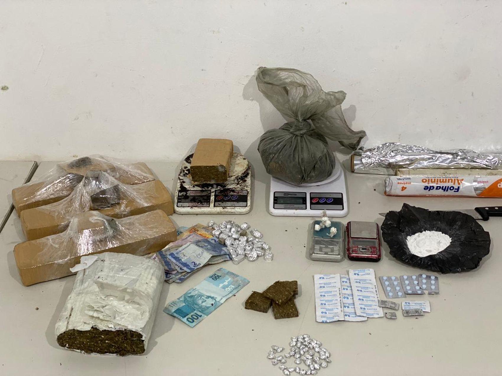 Casal é preso suspeito de envolvimento com o tráfico de drogas em Nossa Senhora do Socorro