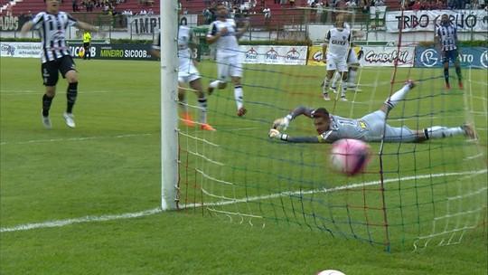 Galo sofre, mas arranca empate com o Tupi graças a Cazares; veja os gols