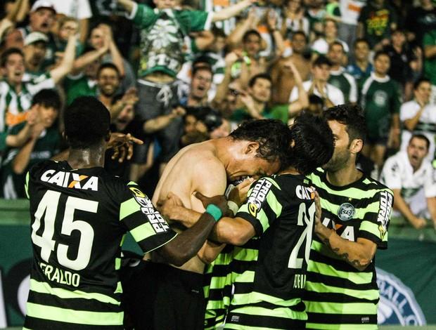 keirrison coritiba x cruzeiro (Foto: Joka Madruga/Futura Press/Agência Estado)