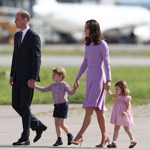 A família real de rosa (Foto: Reprodução - Instagram)