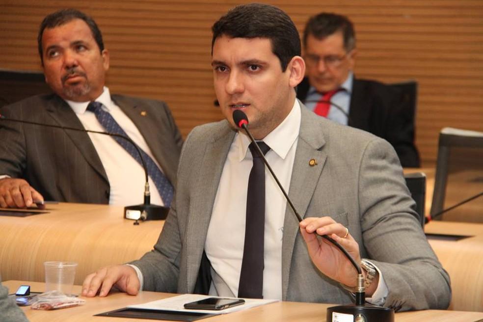 Vereador do Reicfe Romero Albuquerque é alvo de ação ajuizada pelo Ministério Público Eleitoral (Foto: Reprodução/Facebook)