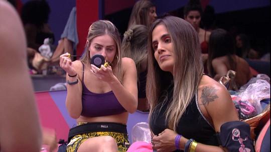 Carolina, Elana e Paula se arrumam para a Eliminação de logo mais