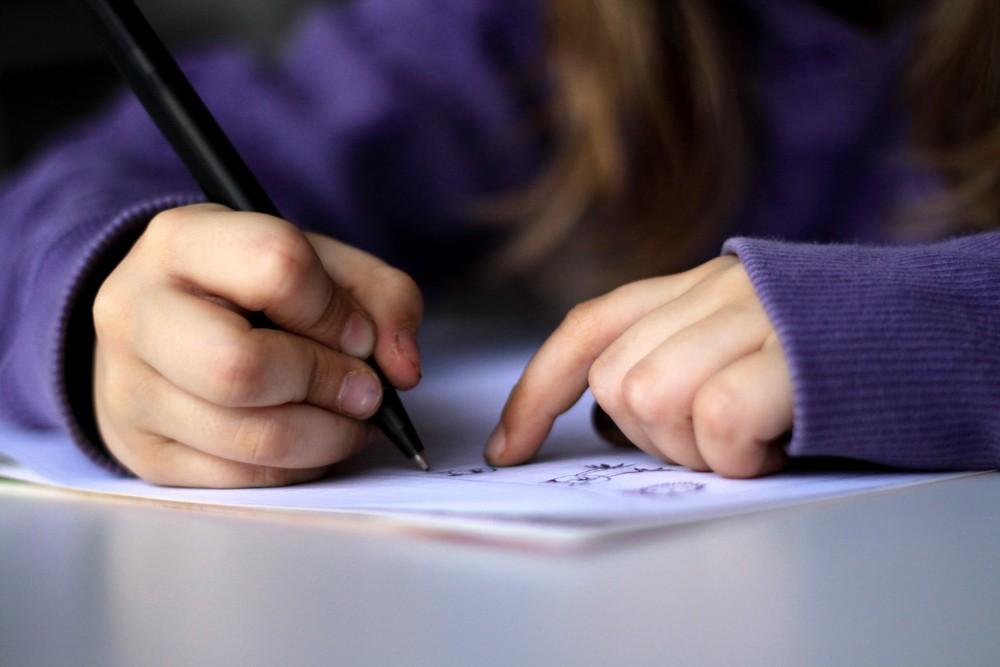 escrita; aprendizado; escola; criança (Foto: Flickr/ dotmatchbox)