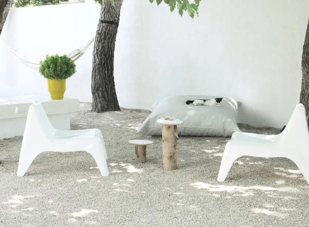 Localizado em Rhodes, na Grécia, o local pretende ser um retiro espiritual de relaxamento para os hóspedes (Foto: Apartment Therapy/ Reprodução)