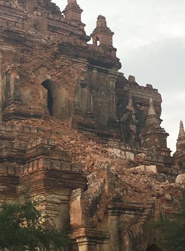 Templos históricos são danificadas pelo terremoto de Mianmar (Foto: Reprodução/Twitter)