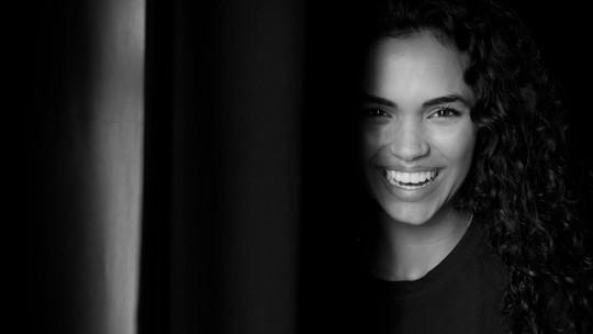 Giovana Cordeiro fala da carreira e do amor pela arte: 'Quando comecei a estudar teatro, me encontrei'