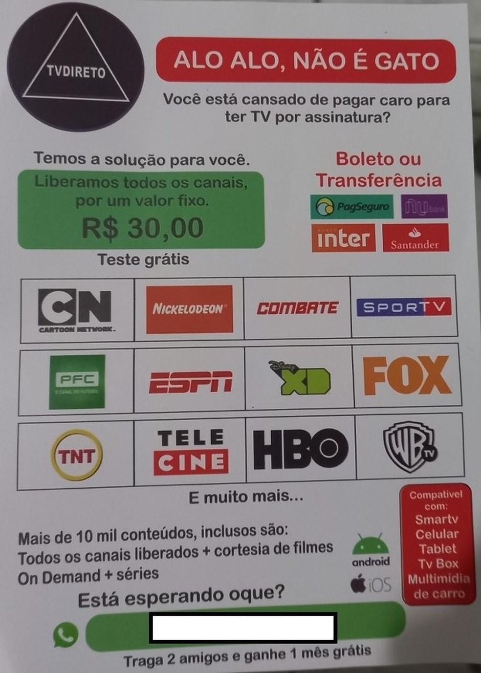 Em folheto, vendedor de gatonet oferece todo o conteúdo de filmes e TV por assinatura por apenas R$ 30 mensais. — Foto: Alba Valéria Mendonça/G1