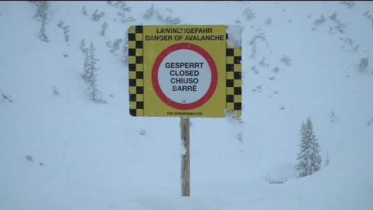 Três esquiadores alemães são achados mortos na Áustria
