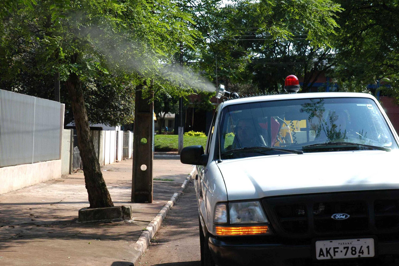 Bairros de Maringá com maior índice de infestação do mosquito da dengue recebem fumacê - Noticias