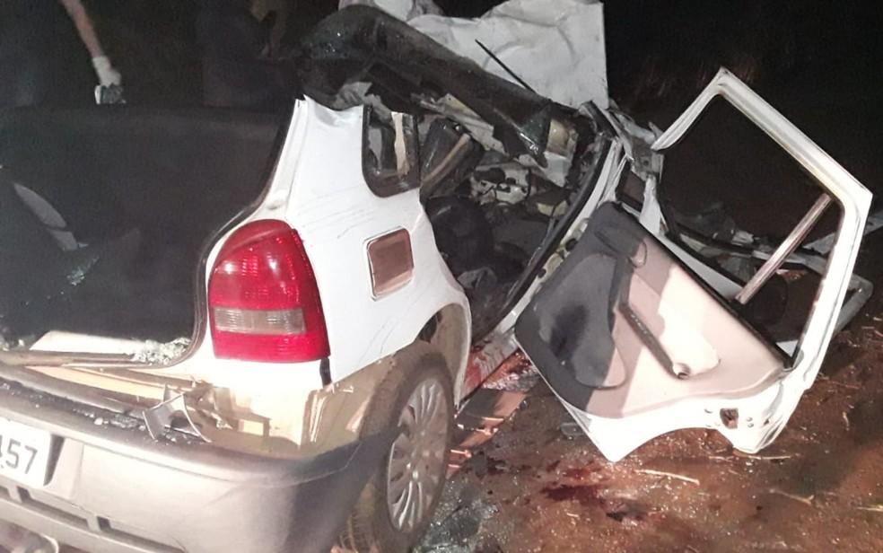 Acidente mata 4 pessoas e deixa um gravemente ferido na GO-462, em Goiânia — Foto: Divulgação/Dict