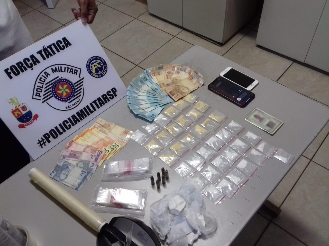 Cocaína, dinheiro e munições são apreendidos durante ação policial no bairro Cecap, em Presidente Prudente