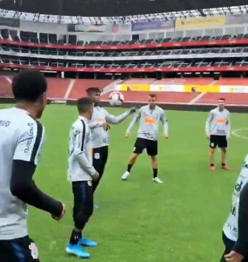 Corinthians publicó imágenes de capacitación en Ecuador en redes sociales - Foto: Reproducción