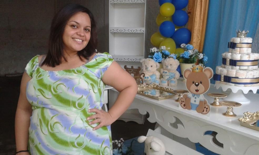 Eliane Castro, morta em Fortaleza, estava grávida de sete meses do primeiro filho.  — Foto: Arquivo Pessoal