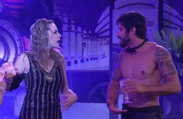 Ana Paula deu dois tapas em Renan e foi eliminada do 'BBB' 16. Relembre outras polêmicas do reality, que volta ao ar em 23 de janeiro (Foto: Reprodução)