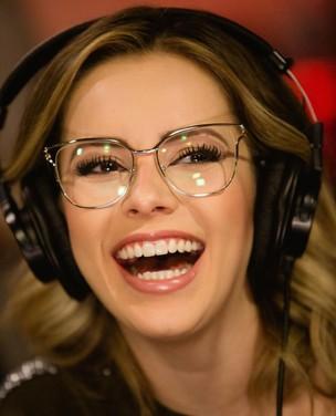 7 dicas de makes para quem usa óculos