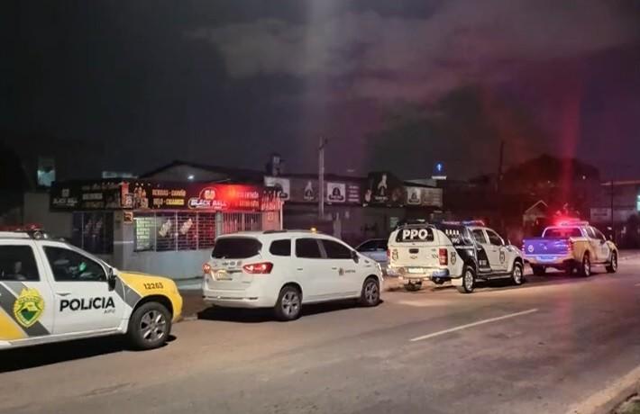 Covid-19: Fiscalização aborda 42 pessoas aglomeradas e fecha três bares em Curitiba