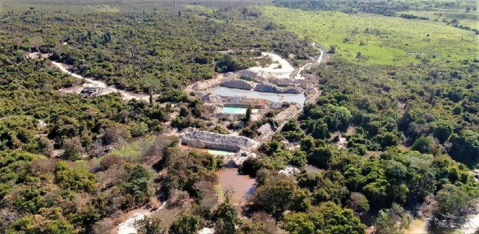 Operação Amazônia embarga 12 garimpos ilegais em Apiacás — Foto: Sema/MT