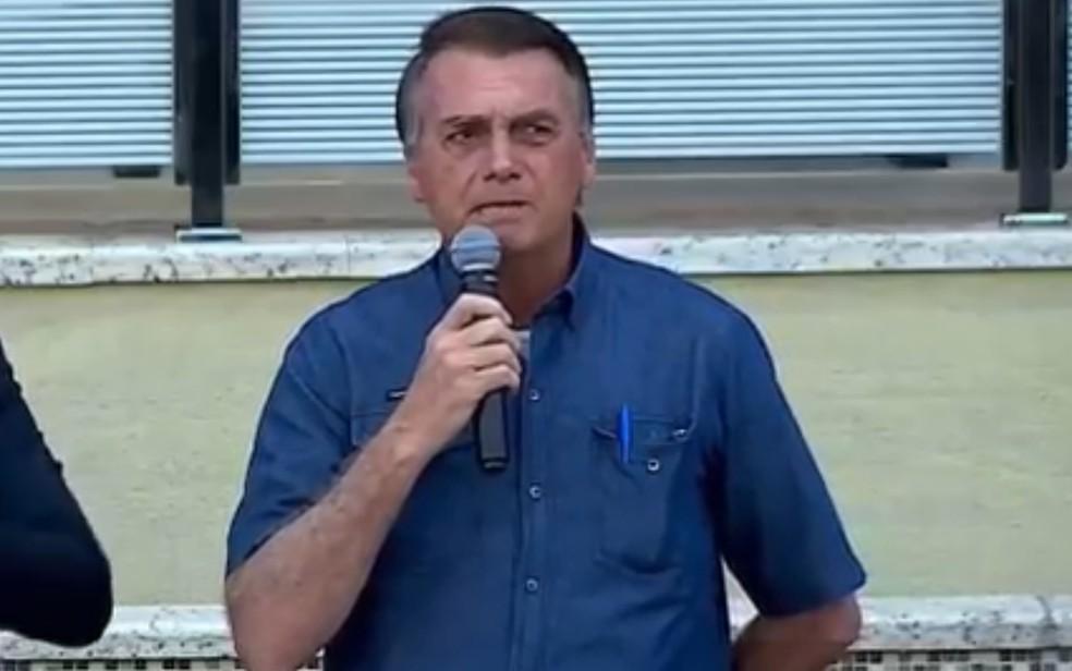Bolsonaro participa de cerimônia em igreja de Goiânia, Goiás — Foto: Reprodução/Twitter