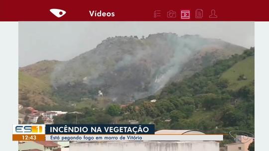 Incêndio atinge vegetação de morro de Vitória