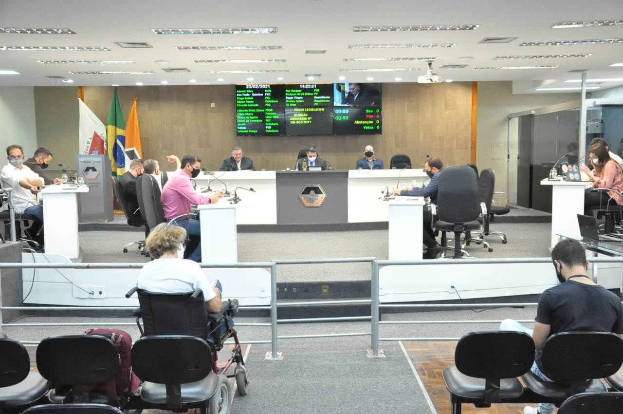 Câmara de Divinópolis realiza sessão ordinária com dois projetos em pauta