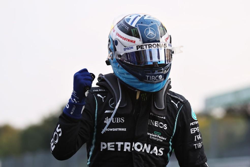 Valtteri Bottas comemora resultado da classificação do GP da Itália — Foto: Lars Baron/Getty Images