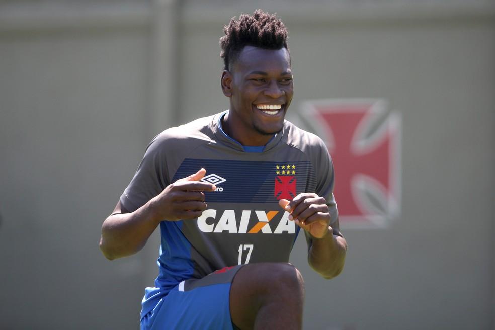 Paulão se reapresentará nesta quarta-feira (Foto: Paulo Fernandes / Vasco)