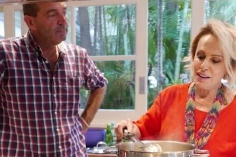 Ana Maria Braga e o noivo (Foto: Reprodução)