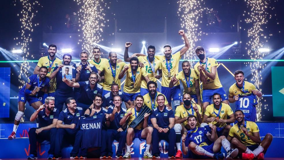 Brasil festeja título da Liga das Nações — Foto: Divulgação