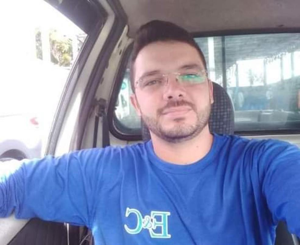 Comerciante é morto a tiros no bairro de Felipe Camarão, em Natal — Foto: Reprodução
