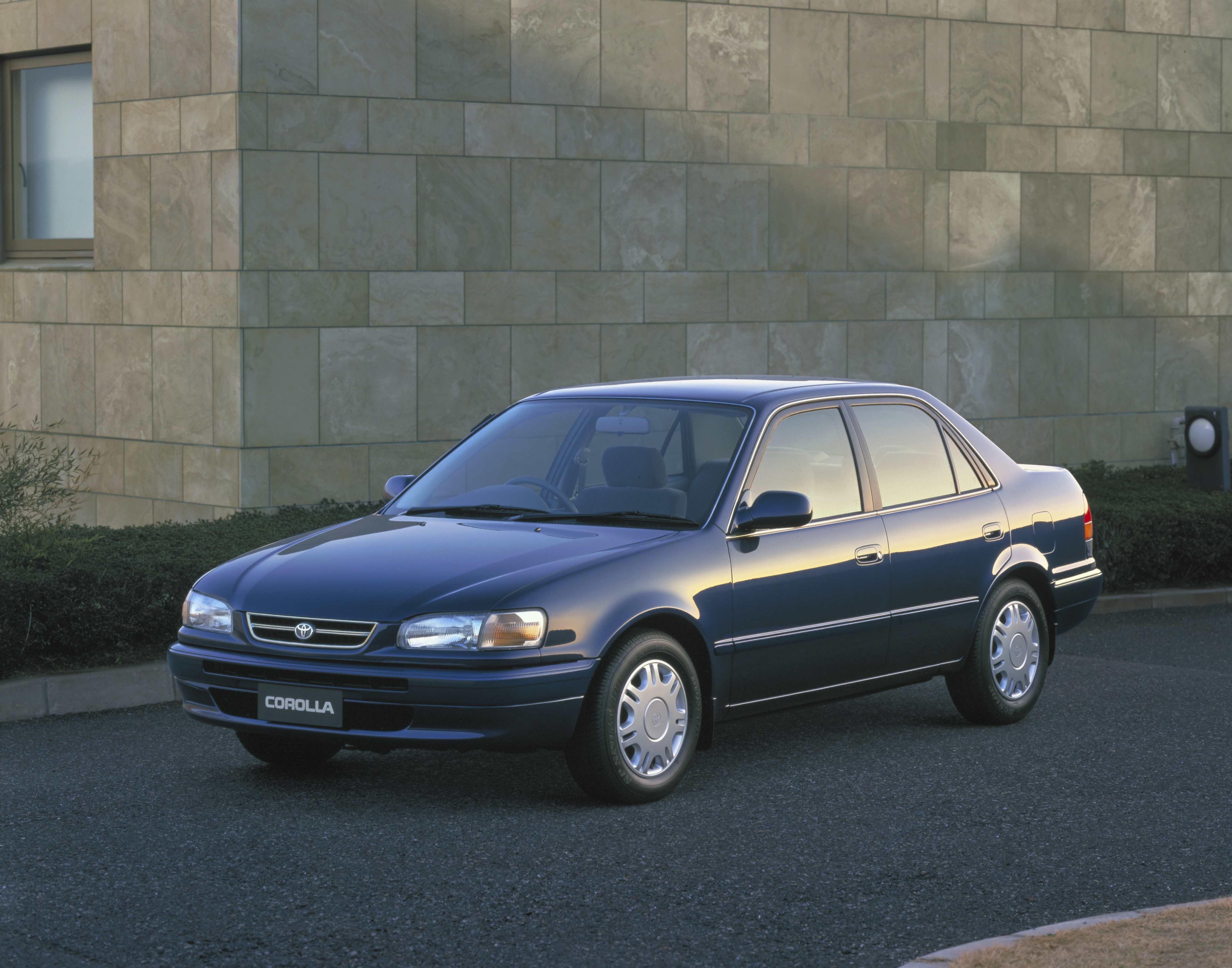 Toyota Corolla oitava geração - 1996