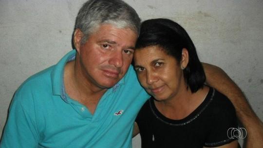 Jovem é preso suspeito de matar os pais dentro de casa em Jaraguá