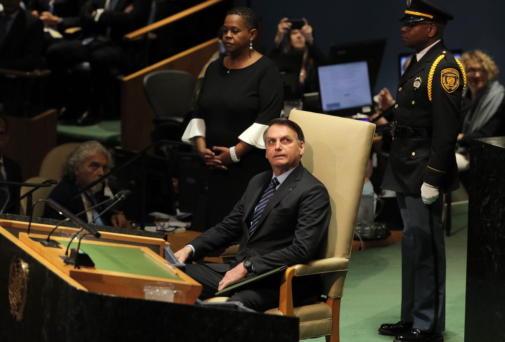 O presidente Jair Bolsonaro, logo antes do discurso na Assembleia Geral da ONU nesta terça-feira (24). — Foto: Brendan Mcdermid/Reuters