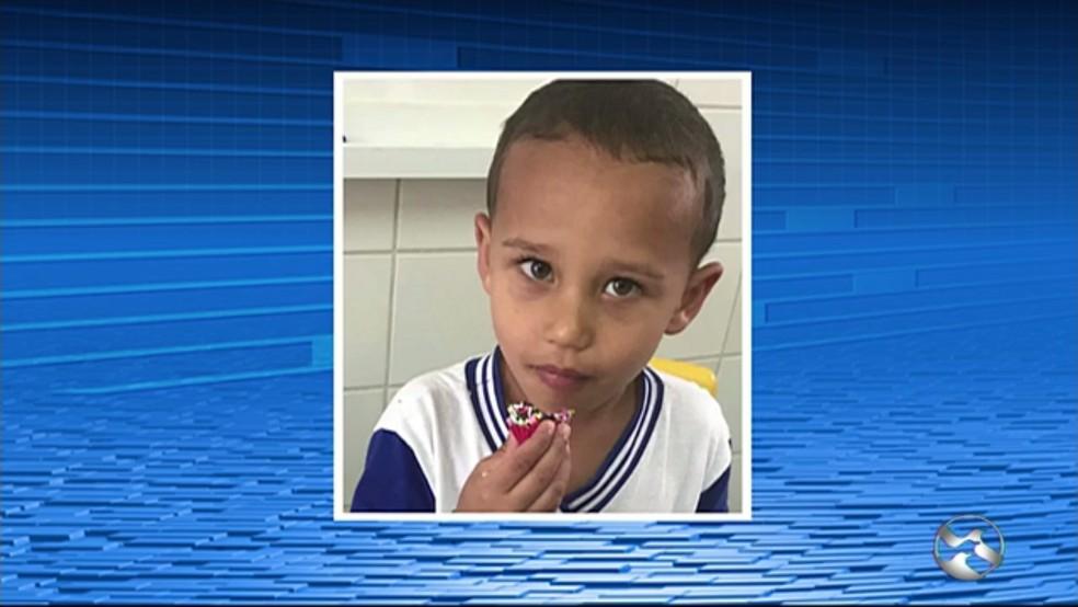 Pedro Gabriel, de 4 anos, foi morto por estrangulamento dentro da casa onde morava, em Brejão; pai é o principal suspeito do crime — Foto: TV Asa Branca/Reprodução