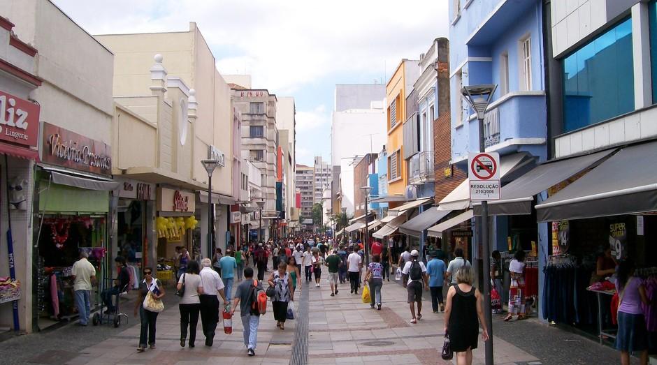 Comércio de rua (Foto: Reprodução)