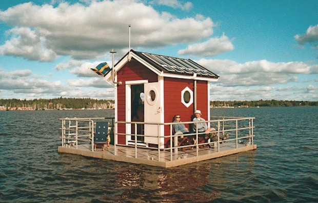The Utter Inn | Lake Mälaren, Sweden | c. 2000 (Foto: Reprodução Instagram @accidentallywesanderson)