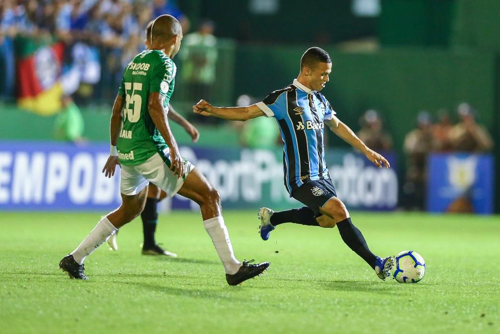 Darlan foi titular do Grêmio contra a Chape — Foto: Lucas Uebel/Grêmio