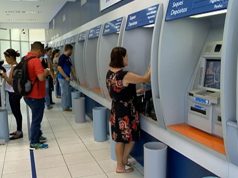 PIS-Pasep começa a ser pago nesta terça-feira (Foto: Reprodução/TV Fronteira)
