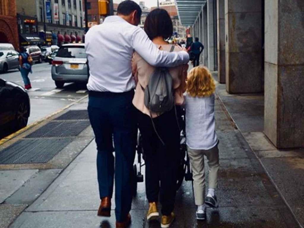 Neve Campbell e família (Foto: Instagram)