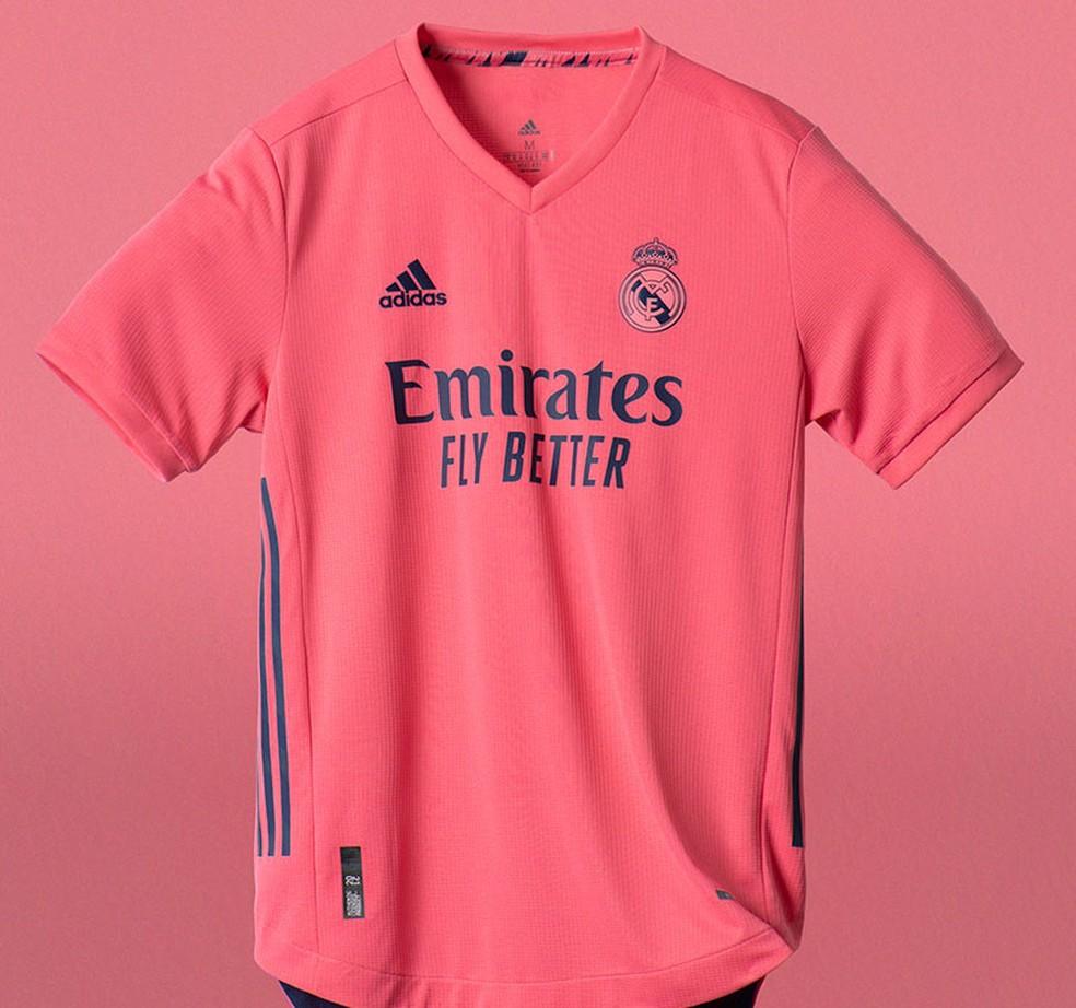 Segundo uniforme merengue para a próxima temporada — Foto: Divulgação