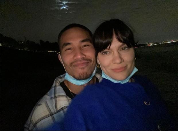 Jessie J e o novo namorado, Max Pham (Foto: Reprodução / Instagram)