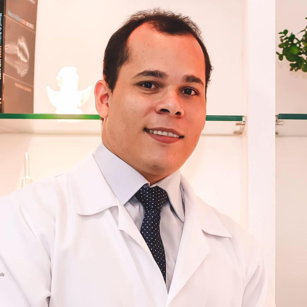 Dentista Danilo Gonzaga não resistiu aos ferimentos e morreu  (Foto: Reprodução/Facebook )