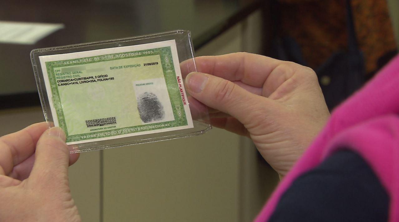 Saiba como pedir nova carteira de identidade remotamente no Paraná