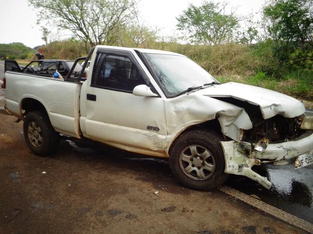 Motorista diz que não viu carro da vítima se aproximar (Foto: Divulgação/ Polícia Rodoviária Piraju)
