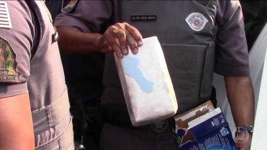 Polícia investiga quadrilha que violou caixas de sabão em pó para transportar cocaína