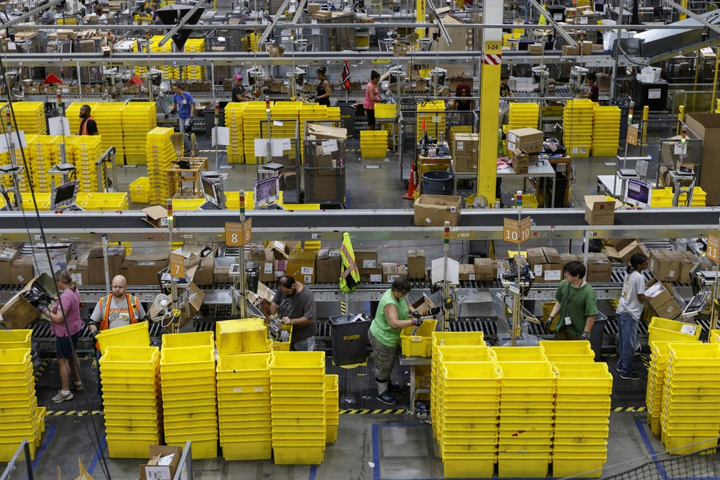 Armazém da Amazon nos Estados Unidos (Foto: ASSOCIATED PRESS)